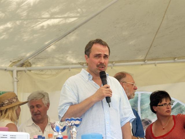 edij2010227