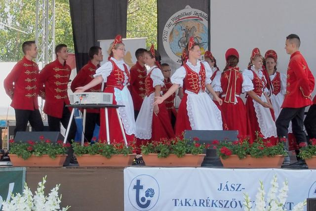 jaszvilagtal2012085