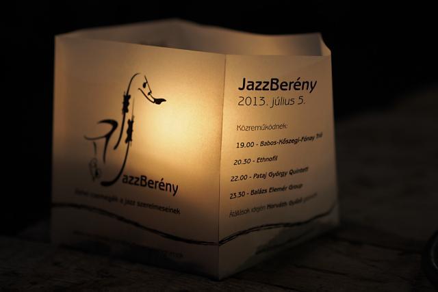 jazzb2013034
