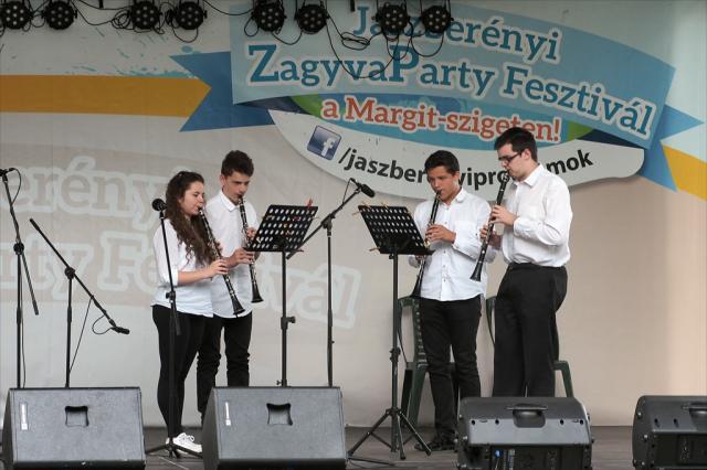 jazznap12015033