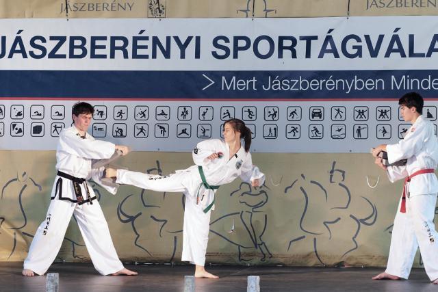 sportagv2016134